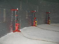 Bainter grain bin erection Jacks